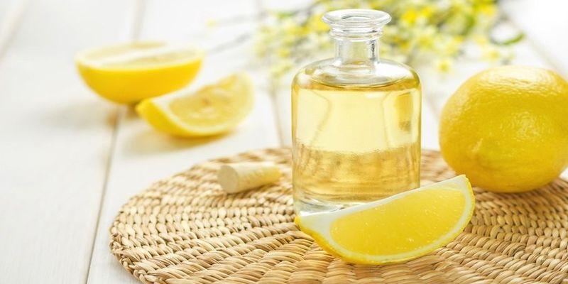 abandonnez les nettoyants m nagers toxiques et essayez ces 5 huiles essentielles la place. Black Bedroom Furniture Sets. Home Design Ideas